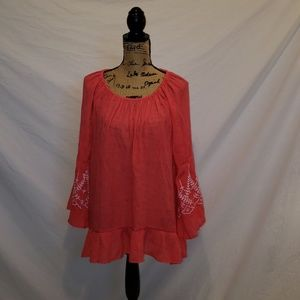 Counterparts women's top large coral embroidered